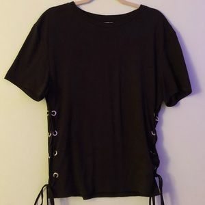 H&M💖 Black T-Shirt w Lace Up Detail